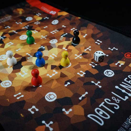 dots and lines cool family board game