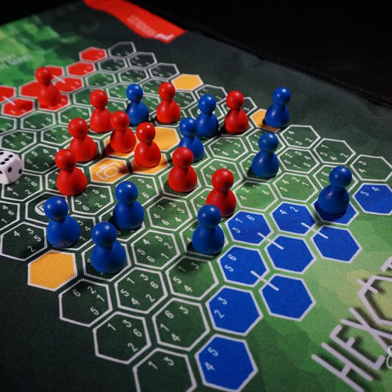 hexoto - strategic board game